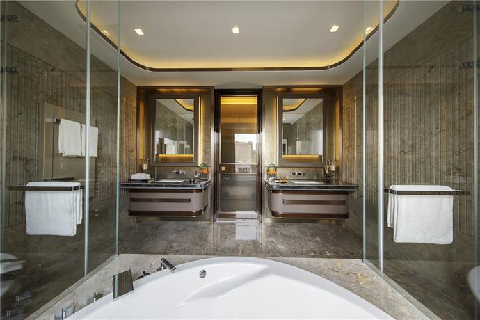 卫生间双洗手台的设计