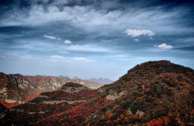 河北仙台山国家级森林公园 仙台山红叶多达50多平方公里,是北京香山