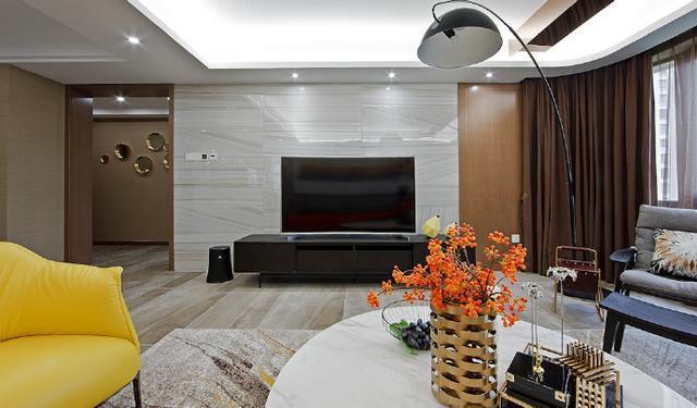 风格家居装修设计,那一抹黄恰到好处地让整个空间灵动起来,温馨而甜蜜