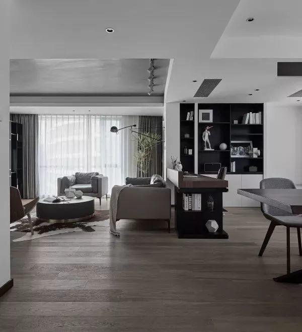 这样灰色调的木地板,简约轻奢的质感,是不是很高端?