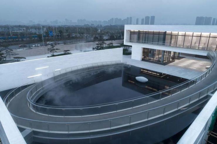 南昌万科华侨城纯水岸艺术展廊馆 / 上海日清建筑设计