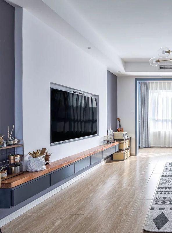 超级简单的电视背景墙,嵌入式的电视设计也让电视背景墙整体感更强,也图片