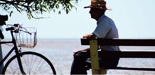 88岁老人玩漂流上雪山,养老地产为什么要开辟新思路?