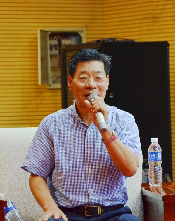 聚焦河南超凡装饰 回眸郑州家装23年发展与变迁新闻研讨会