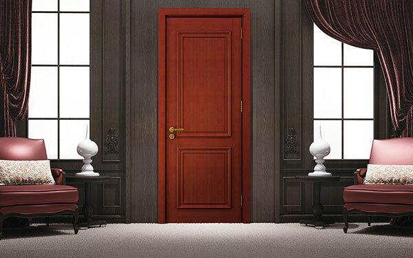 家里装修时先装地板还是装木门?