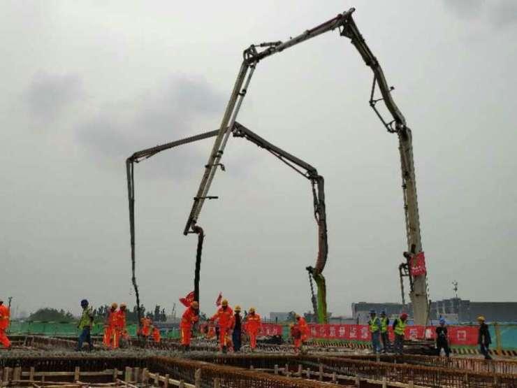 晚读:济青高速改扩建首联箱梁开始浇筑 李沧6.9亿整治楼山河