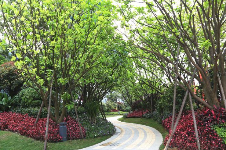 门外繁华城,门内温馨家——景观标准化设计解读之主入口