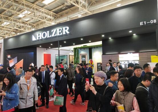 惊艳亮相北京国际门展,霍尔茨的这些亮点不容错过