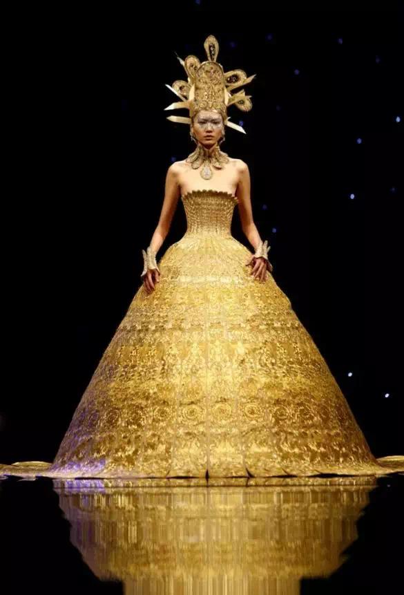 一场福州的巴黎时装秀 高净值领域的感官盛宴