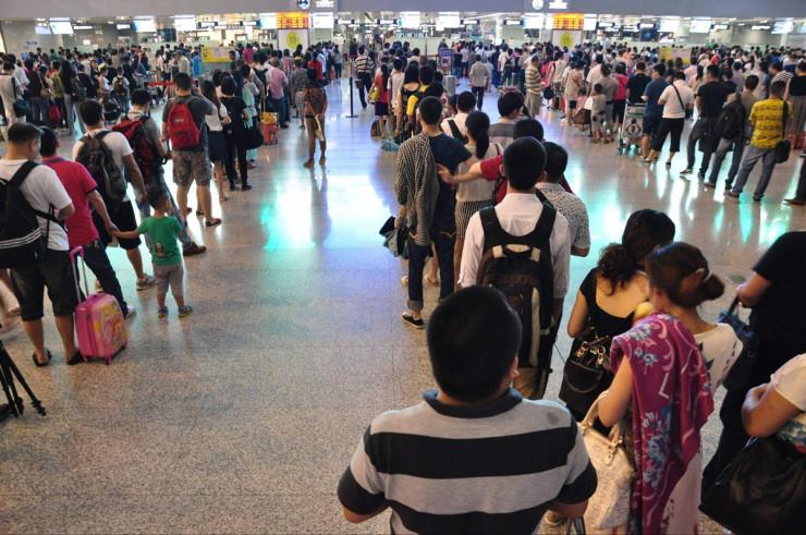 冰城空港国际枢纽 引领城市经济发展龙江百姓受益多