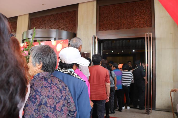 秦皇岛花千墅半岛餐厅盛大开业 港城餐饮将步入新时代