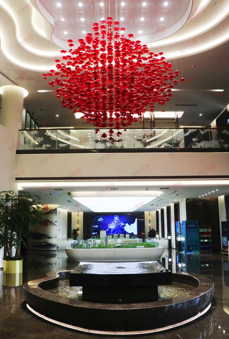 搜狐焦点走进卓正上东区营销中心 探秘国际前沿生活区