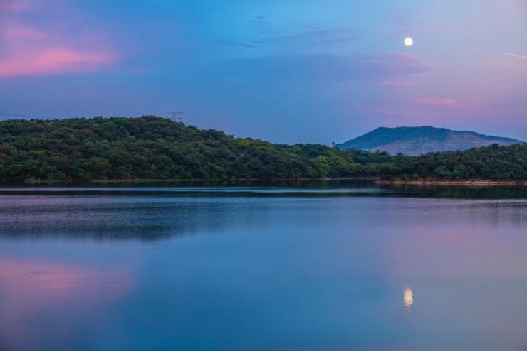 花好月圆翠湖山 让每一段团圆时光更温暖