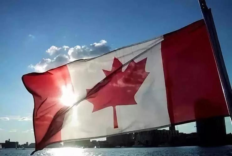 加拿大放宽入籍要求一年:申请入籍人数多了40%!