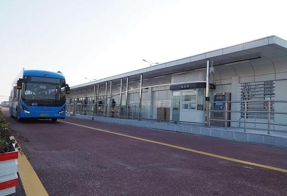 奉贤重大利好:上海首条BRT预计今年运营 样板车站实景曝光