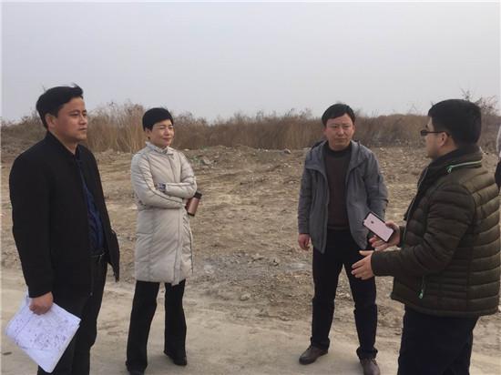 钟红霞女士一行前往亳州市经济开区考察