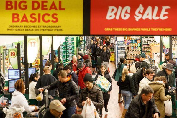 外媒:挑起贸易战令美国经济面临巨大损失