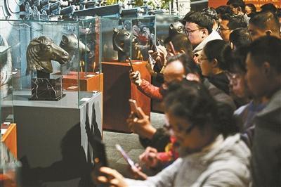 流失海外百余年 圆明园马首铜像返乡国博首展