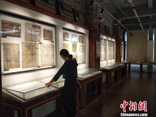 海口私人票证博物馆:1600余份各类票证尽显时代变迁