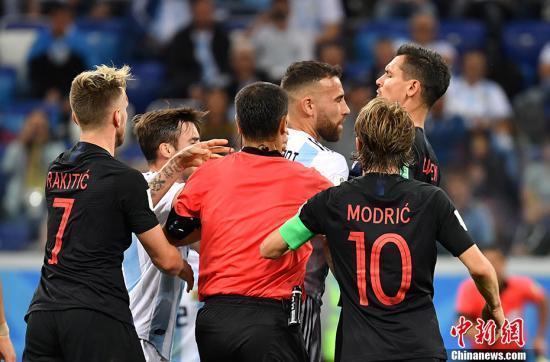 """克罗地亚连入3球""""猎鹰"""" 阿根廷遭遇世界杯上又一惨败"""