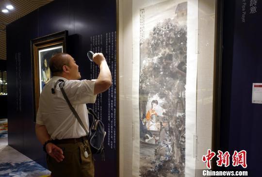 北京保利春拍预展在沪举办 傅抱石《琵琶行》等巨制亮相