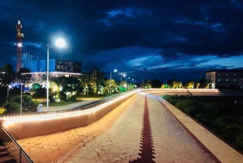 千米灯光带照亮莲阳河畔!澄海这个休闲公园已开放