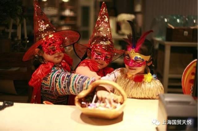 从万圣节看新中国式家庭教育