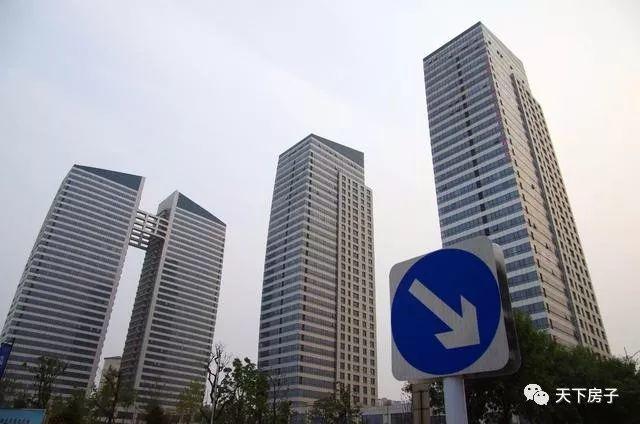 楼市释放两大信号,今年年底房价走势如何?