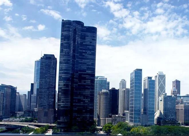 业绩快报   融创前8月合约销售2679亿元 中海、绿城、旭辉销售均涨